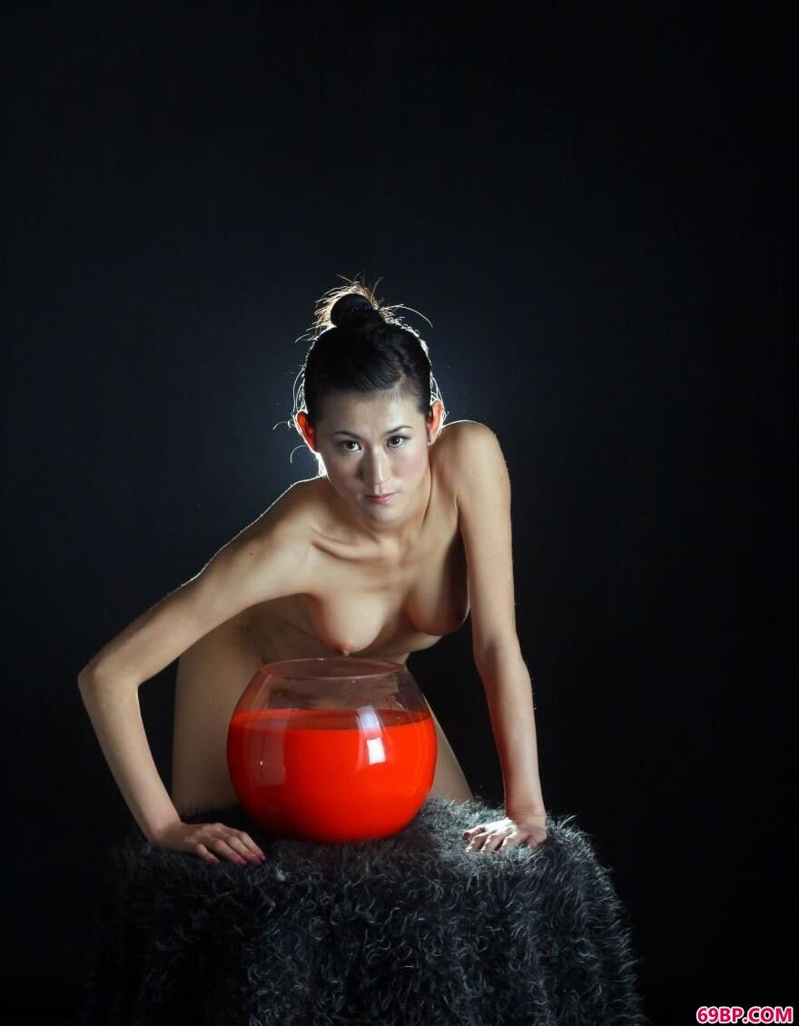 超模涣莎人体写真