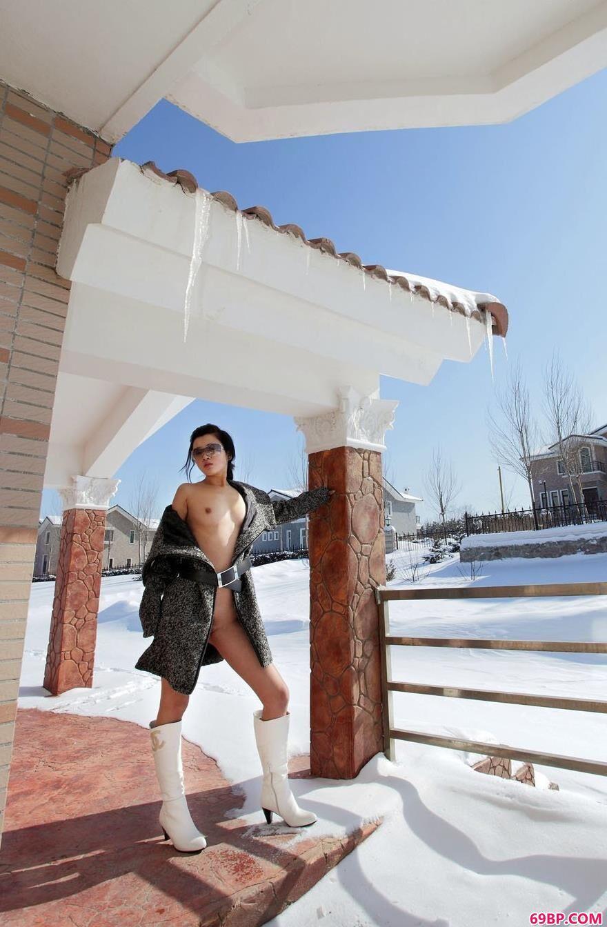裸模邓晶春雪人体套图1_国模玉玲双人150