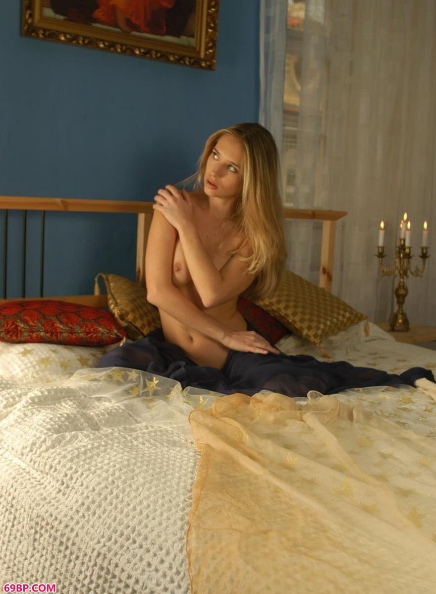 露西丝巾的遮掩1