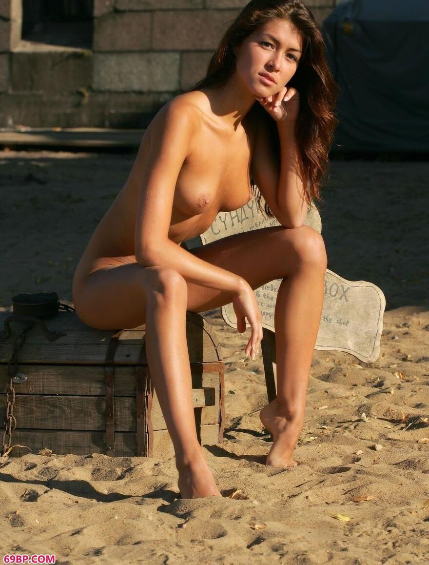 古铜色的肌肤-银团-幸运盒2
