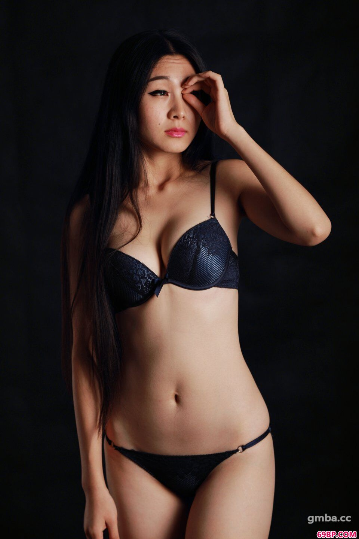 国模惠兰2014.09.29私拍内裤人体