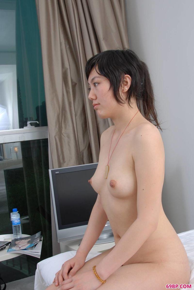 王语纯_人体侧影裸模小琳和小�B
